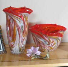 Red Color Pinched Vase and Bowl