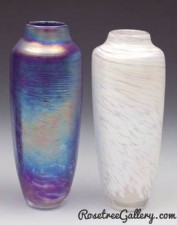 Spun Vase-color:left to right-Blue,Ivory